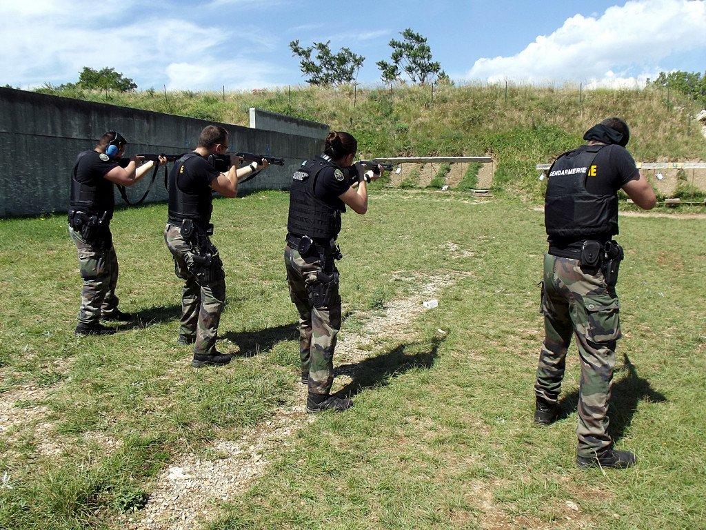 Tir des gendarmes à la STC